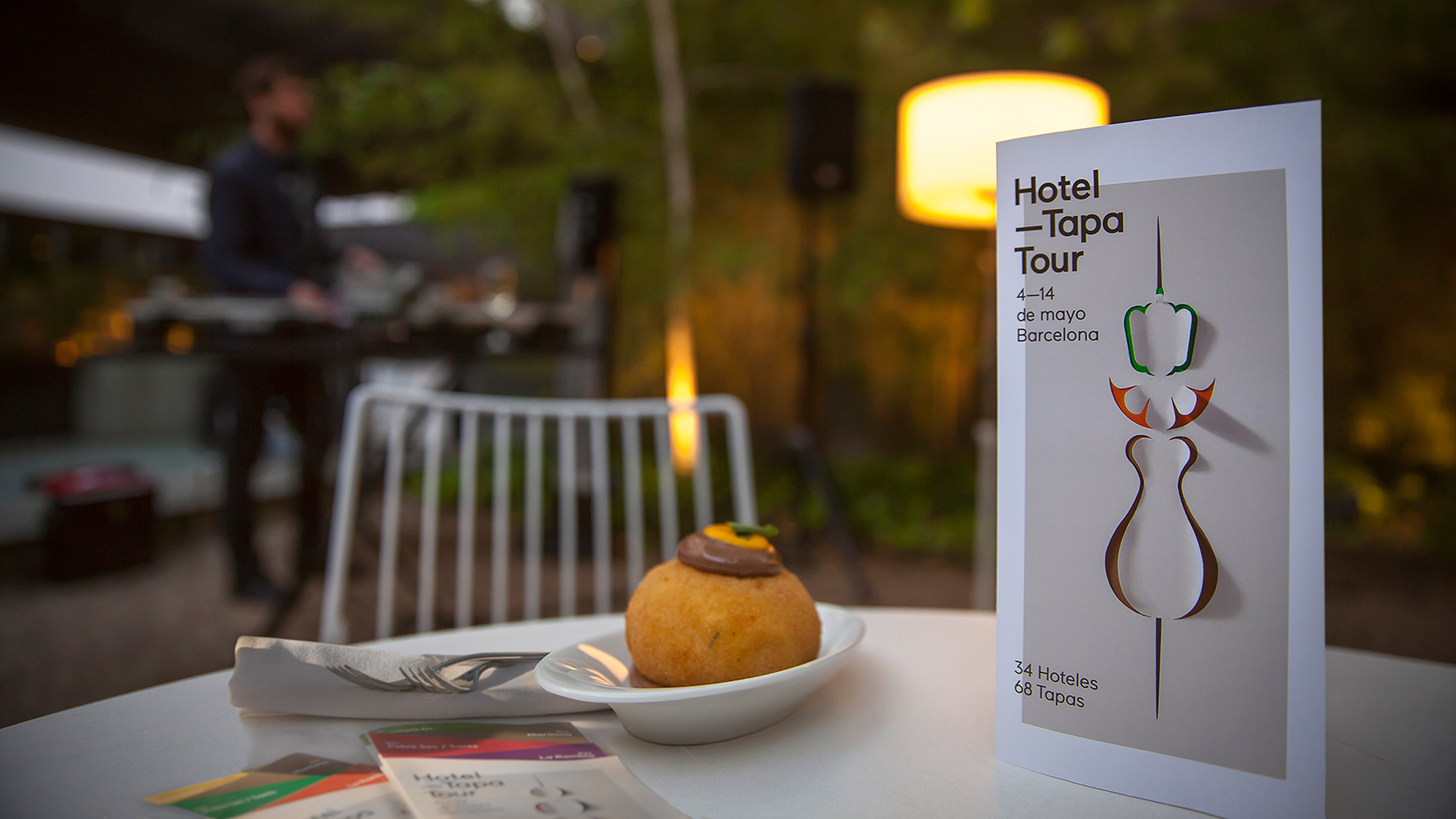HOTEL TAPA TOUR / GRAPHIC DESIGN